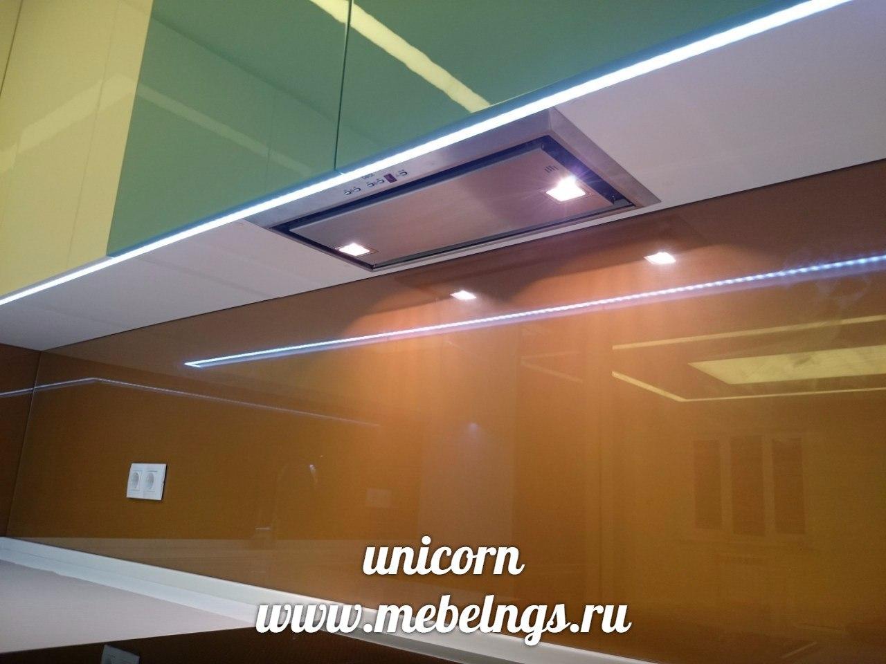 светодиодная подсветка в алюминиевом профиле на рабочую поверхность