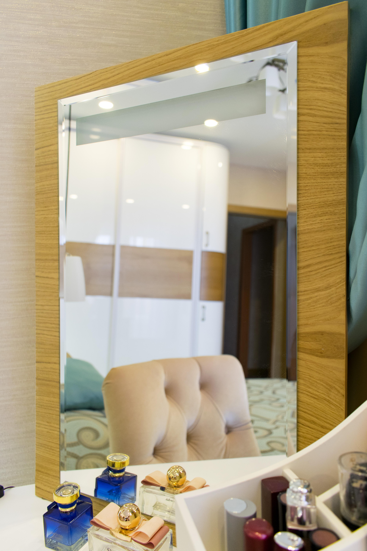 косметическое зеркало с подсветкой спальный гарнитур на заказ премиум класса