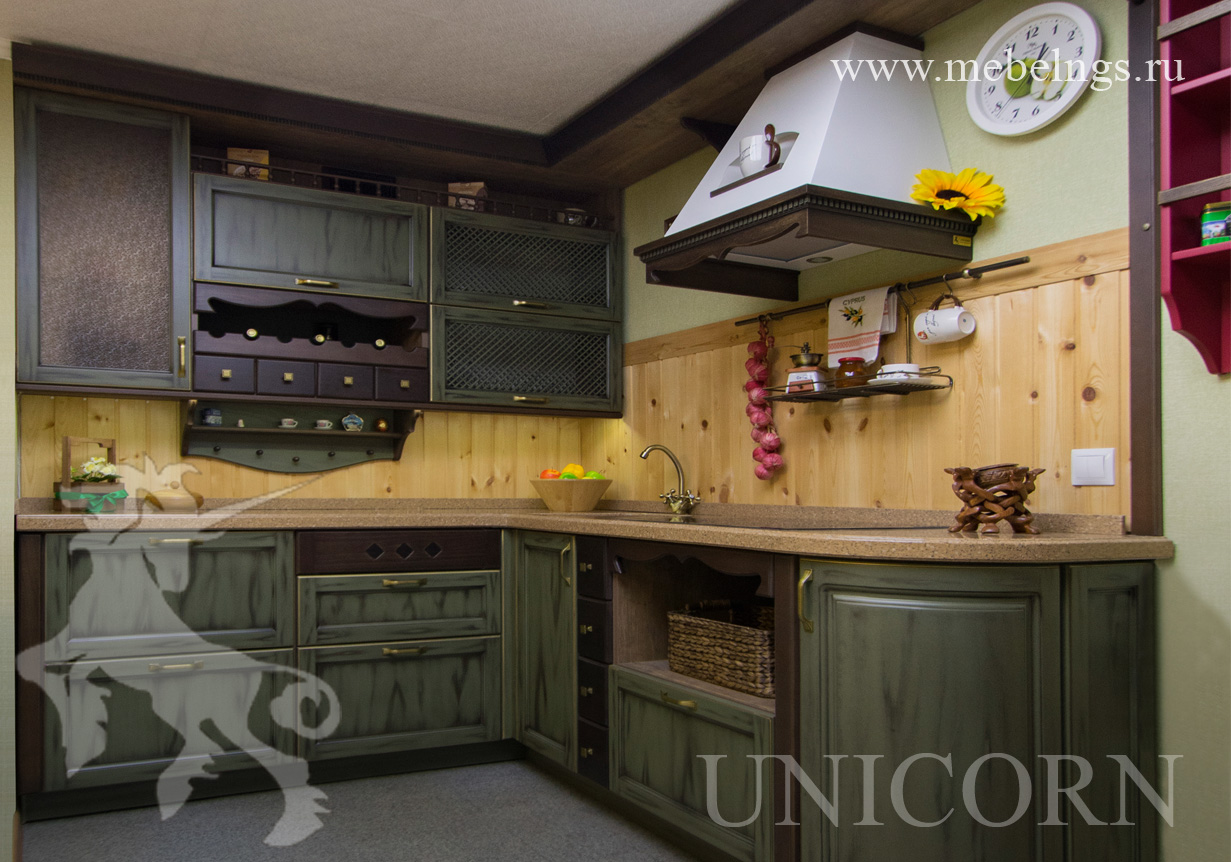 кухонный гарнитур в стиле английского кантри на заказ в новосибирске
