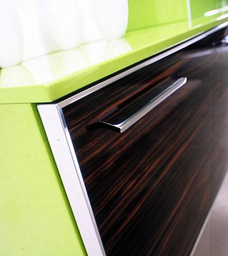 фасады мебели для ванной в алюминиевой раме