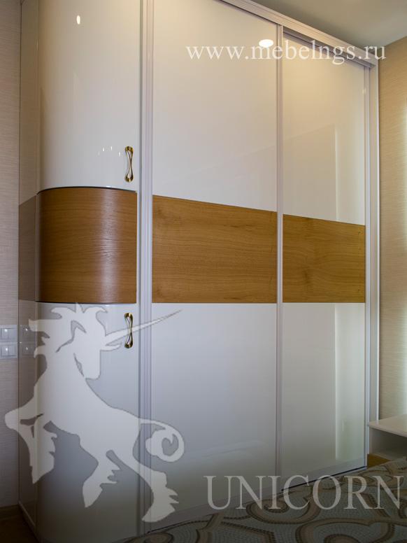 шкаф с радиусным фасадом на заказ от произвоителя по индивидуальным размерам